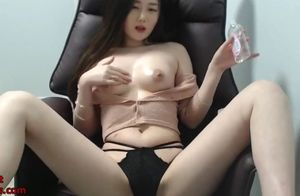 Japanese mind-blowing camgirl  her..