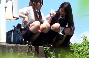 Chinese nubiles pee arcs outdoors