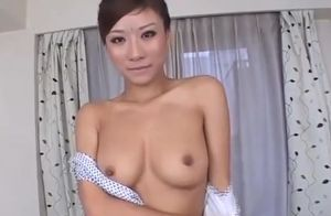 Super-cute Chinese chick farting