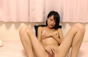 Sweetie Asian Lady Getting off Hook-up..