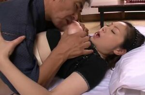 Big-chested Chinese Mature pounds 2 guys
