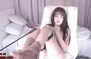 Korean youngster camgirl milks in cool..